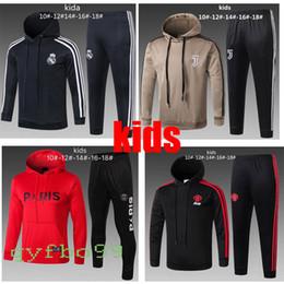 e9a27249a8 Kids 18 19 Real Madrid Juventus Paris Traje de entrenamiento 2019 Psg youth soccer  Chándal Conjuntos de chaqueta MBAPPE RONALDO Jersey de fútbol con capucha