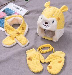 großhandel neugeborene baby liefert Rabatt Baby-Winter-Hut und Schal Handschuhe Set Kids Warm Pluschhut 3 Stück Sets 2019 neue Jungen-Mädchen-nette Karikatur-Kappen-Schal MZ8302