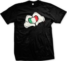 итальянские мультфильмы Скидка Итальянский Флаг Мультфильм Руки Сердце Италия Италия Итальянский Гордость Мужская Футболка Мужчины Женщины Мужская Мода футболка Бесплатная Доставка Смешно Прохладный Топ Футболка