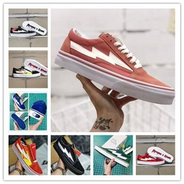 2021 sapatas do patim dos homens da lona Novas Revenge 2020 X tempestade Old Skool Canvas Shoes Mens Sneakers Skateboarding Casual Sapatos Mulheres Skate Shoes Womens botas casuais sapatas do patim dos homens da lona barato