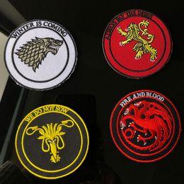 2019 tronos do jogo camiseta Game of Thrones Bordados Patches De Costura De Ferro Em Applique Emblema Roupas Patch Para Jaquetas Jeans Vestuário Saco T-shirt Decoração tronos do jogo camiseta barato