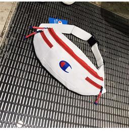 Sacola de ombro individual on-line-Nova Bolsa de Cintura Marca unisex Cross Body Bags Alta qualidade Chest Bag para homens Esporte Mulheres Único Sacos de Ombro 121