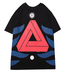 teste padrão novo camisetas Desconto Designer homens camisetas Nova Gola Alta Moda T-shirts Impressão Triângulo Padrão Camiseta Contraste Comfort Algodão Cor camisetas palácios camisas