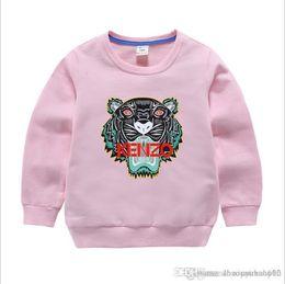 Argentina Nuevo diseñador de lujo clásico 2-8T años Bebé camiseta abrigo jacekt suéter hoodle olde Traje de algodón de los niños de los niños Conjuntos de ropa SUÉTER Suministro