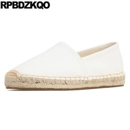Porcellana di formato del pattino delle donne online-Comodo 12 44 Espadrillas tonde punta tinta unita Scarpe di tela 10 Designer White Flats Large Size 11 2019 Slip On Women China Ladies
