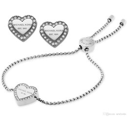 2019 splendidi set di diamanti Nuovo design Siver / 18K oro rosa diamante braccialetto orecchini gioielli Set per le donne gioielli di moda Belle nozze / regalo di fidanzamento nave libera splendidi set di diamanti economici