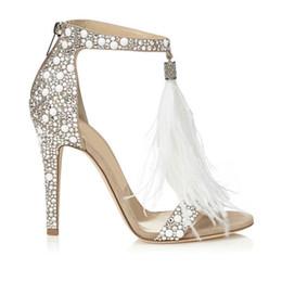 2019 sandalo di cristallo t Scarpe da sposa moda piuma 4 pollici tacco alto cristalli strass scarpe da sposa con cinturini con cerniera partito sandali scarpe per le donne F9095 sconti sandalo di cristallo t
