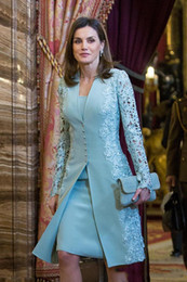 Vestido elegante ao ar livre on-line-Elegante Mãe Ao Ar Livre De Vestidos De Noiva Ternos Curtos Duas Peças Azul Manga Longa Noivo Vestido Mãe Para Casamento Lace Uk Árabe Vestido de Noite M