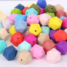 branelli acrilici di velluto all'ingrosso Sconti 100% silicone per alimenti icosaedro perline 17mm branello allentato bpa perline dentizione in silicone gratis per collana fai da te gioielli infermieristica