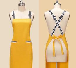 Aventais amarelos on-line-avental do marrom amarelo aventais feitos sob encomenda na moda aventais aventais feitos sob encomenda do garçom aventais feitos a mão