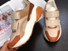Tan stoff online-2019 Womens MutiColor Patchwork Light Tan Faux Wildleder Chunky Plattform Gummisohle Stretch Stoff Socke Schnalle Fashion Sneakers