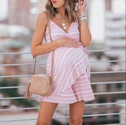 2019 jupes enceintes 2019 femmes combinaisons d'été nouvelle jupe et un pantalon de femmes enceintes chaude Europe et en Amérique avec v-cou combinaison rayée fronde slips womans vêtements jupes enceintes pas cher