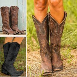 2019 длинные сапоги из пвх Женщин сапоги ретро Rivet колено высокие сапоги ручной работы кожи Длинные пинетки женщин высокого ковбойские сапоги Мода Повседневная обувь