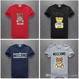 995d7ba72 Moda MOS T shirt Das Mulheres Dos Homens Itália Estilo Designer De Marca  T-shirts Moschinos Mangas Curtas de Algodão Hip Hop Top Camiseta Homme  online