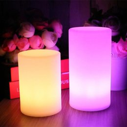 lampade da tavolo moderne Sconti stile coreano arte moderna camera bianca di illuminazione carica regalo piccola luce di notte barra cilindrica piccola lampada da tavolo USB lampada da tavolo per bambini