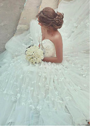3d flooring designs Coupons - Romantic Design 2020 Petals Wedding Dresses Sweetheart Neckline Ball Gown Floor Length Dubai Bridal Gowns Customize Plus Size