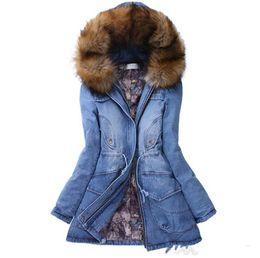 pelz geschnittene kapuzenjacke Rabatt Winter-Frauen Designer Mäntel arbeiten mit Kapuze Jean-Jacken-Pelz-Ordnung Warm verdickte Oberbekleidung der beiläufigen Frauen Kleidung