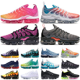 Pieno scarpe rosse online-nike air vapormax tn plus Cushion TN Plus Scarpe da corsa BUMBLEBEE Yellow Triples Bianco Nero Full Red Shark Tooth Cargo Khaki Mens Womens Designer Sneakers