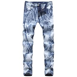 Jeans blancos como la nieve online-Sokotoo. Pantalones vaqueros de mezclilla azul claro lavados con nieve de Sokotoo para hombres Pantalones elásticos rectos delgados