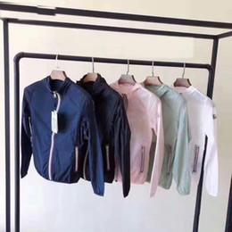 Vêtements uv en Ligne-2019 nouveau printemps / été en plein air uv vêtements de protection des vêtements de peau des femmes vêtements respirant à capuche Sweatshirts voyage mince veste