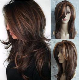 Cabelo liso ouro on-line-Senhoras peruca ouro marrom destaques Ombe ouro marrom destaques Omber longo cabelo encaracolado fofo femê flor fivela médio cabelo longo e reto FZP149