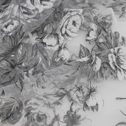 спандекс павлина Скидка Натуральный белый жаккардовый цветочный печать органзы ткани свадебные