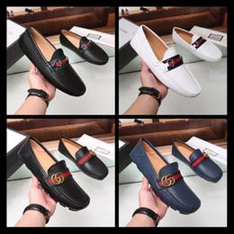 74b173ff64 calçados casuais italianos dos homens Desconto Estilo da marca dos homens  Vestido Casual
