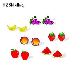 Erdbeerharz online-Neue Sommerfrüchte Shrinky Dinks Ohrring Bananen Wassermelone Erdbeere Bolzenohrring Harz Ohrringe Acryl Ohrringe Frauen