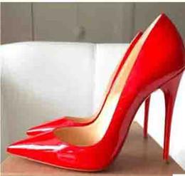 2019 zapatos al por mayor para la boda Venta al por mayor de las mujeres Negro de piel de oveja Nude charol Poined Toe Womens bombas, moda Red Bottom High Heels Shoes Wedding Shoes zapatos al por mayor para la boda baratos