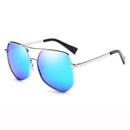 fd84d1e50 Moda Olho De Gato Óculos De Sol Das Mulheres Dos Homens Gradiente Irregular  Irregular Das Mulheres Dos Homens Quadro Retro Óculos De Sol Do Vintage  Óculos ...