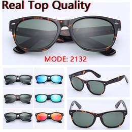 2019 occhiali in plastica personalizzati occhiali da sole nuovi 2132 occhiali da sole in vetro vero UV400 di alta qualità occhiali da sole in pelle nera, confezione da regalo!