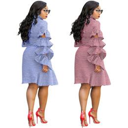 2019 più le gonne rosse di formato Designer donna Ruffle Shirt Abiti a maniche lunghe con coulisse Gonne a righe Sexy Casual Plus Size -3XL Abiti Blu Rosso 666 più le gonne rosse di formato economici