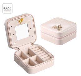 Protable PU Caixas de armazenamento de Jóias Mini Quadrado coleção de jóias Organizador Brincos Colar Anel caso de viagem Acessórios Titular Bolsa de