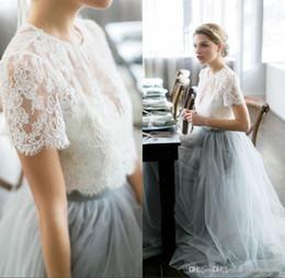 Vestidos de boda de playa de color online-Vintage 2016 Country Wedding Dresses Beach Bohemian Lace Tulle vestidos de novia Sheer Neck mangas cortas de color de la boda de invitados vestidos de fiesta