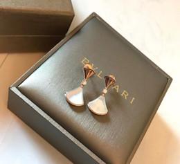 diamantes perfectos Rebajas Pendientes para mujer perfectos Accesorios para damas Nuevos diamantes en caliente diosa plata de ley cz pendientes de oro austriaco para el cristal de Austria