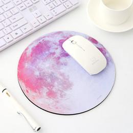 2019 tappetino nero Tappetino per mouse circolare con tappetino serie Planet con stile Earth // Mars / Mercury / Jupiter / Pluto / Rainbow moon / Black moon tappetino nero economici