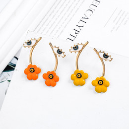 Color naranja único online-Diseño especial Unique Yelloworange Enamel Flowers Evil Eyes Stud Earrings para mujeres Regalos Gold Color Fashion Jewelry