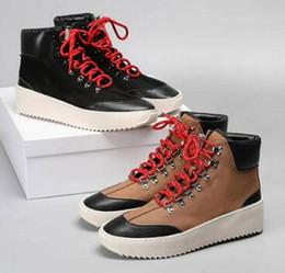 2019 Fear of god Military Sneakers Uomo Designer Scarpe Stivali Autunno Inverno Outdoor Army Boots Stivali da uomo alti 38 46