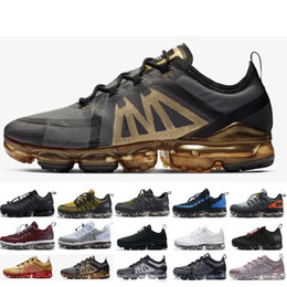 new styles 10c98 32e26 Nike Air Max Vapormax 2019 Hot Run UTILITY scarpe da corsa per uomo Tn Plus  triple bianco nero REFLECTIVE Medium Olive Burgundy Crush scarpe da  ginnastica ...