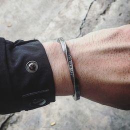 2019 neue armbänder New Steel C-förmigen Armreif Armbänder Mode Titan Stahl Stulpearmband für Frauen Typ C Twisted Bracelets 2018 Herren günstig neue armbänder