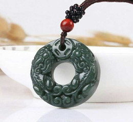2019 Fashion natural jade Guanyin collier Pendentif sculpté à la main Lucky Amulet Hot