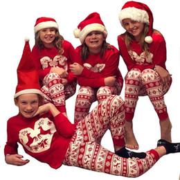 2019 correspondencia ropa madre niño Conjunto de pijamas navideños de  algodón Conjunto de dibujos animados de 827e6a5fd3d3