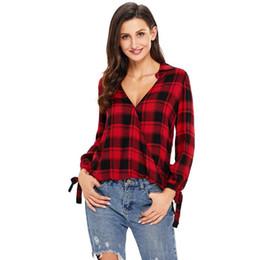 2020 le magliette delle donne stampano gli archi Caldo ! Maglietta da donna 19ss New Plaid Shirt Stampa con scollo a V manica lunga Papillon T-Shirt da donna di grandi dimensioni le magliette delle donne stampano gli archi economici