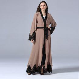 Abayas abertas on-line-New Floral Abaya Para As Mulheres Islâmico Muçulmano Vestido Aberto Robe Dubai Caftan Preto Branco Kaftan Marroquino Oração Ramadan Roupas FQ107