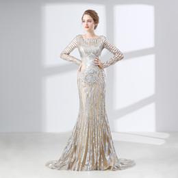 Canada Robes de bal de sirène étincelantes à manches longues broderie dentelle illusion cuillère robe de soirée formelle robe de célébrité occasion spéciale robe cheap sparkling evening dresses Offre