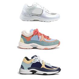 Pele de vitelo genuína on-line-Sapatos de grife Sapatilhas Pai Treinadores de plataforma de camurça calfskin sapatos Sapatos de Desporto Das Mulheres Dos Homens de couro genuíno moda cor Misturada com caixa