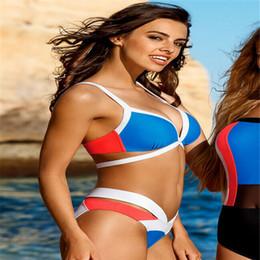 2020 perizoma Trendy donne poliestere al casuale del bikini brasiliano Cheeky inferiore Thong V Swimwears Costumi riassunti delle mutandine sconti perizoma