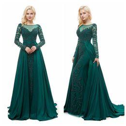 Vestito di smeraldo verde da promenade bordante online-Abito MG007 paletta verde smeraldo di promenade con il maggiore che borda la manica lunga dei vestiti da sera Vestidos Cascata Gonna abiti da cerimonia eleganti