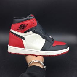136186855d1 Originais de qualidade Real couro 1 Alta OG 1s Bring Toe Man Tênis De  Basquete Preto Vermelho Tênis Esportivos Com Caixa de ar running shoes  555088-610