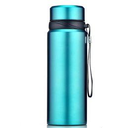 Edelstahlbecher 750ml große Kapazität Vakuum 304 Edelstahl-Isolierflasche Outdoor tragbare Sport Tasse Großhandel benutzerdefinierte LOGO von Fabrikanten